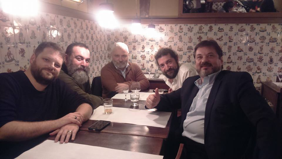 Here, the full team late at night, exploring the finer points of HEMA research & interpretation: David Galve, Eugenio Garcia-Salmones, Manuel Valle Ortiz, Ton Puey & Andreas Klingelmayer.